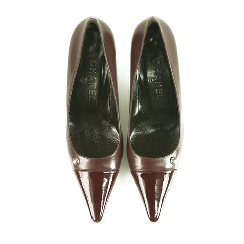 CHANEL Burgundy Leather with Patent Leather Cap Toe Pumps Shoes Heel Pointy 38