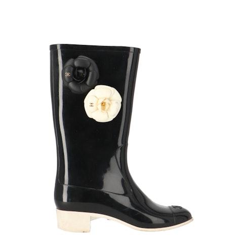 Black Camellia Rubber Rain Boots