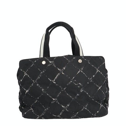 Black New Travel Line Tote